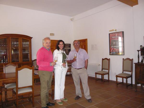 De izda. a dcha: Fernando Escolano , Sofia Manzaneque y J.J Díaz.