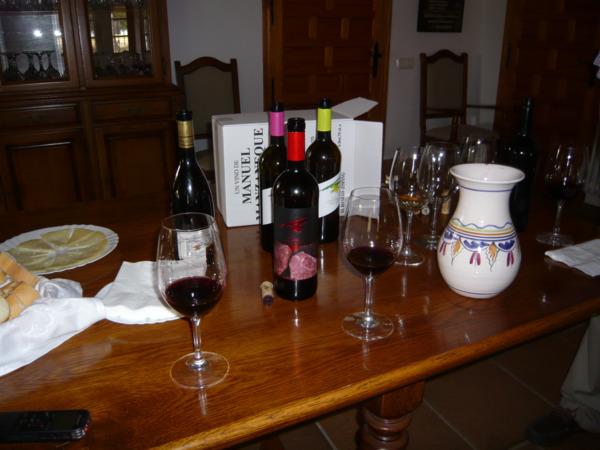 Varios vinos de la bodega.