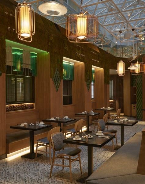 Hyatt-Centric-Gran-Via-Madrid-Hielo-y-Carbon-Dinner-Patio
