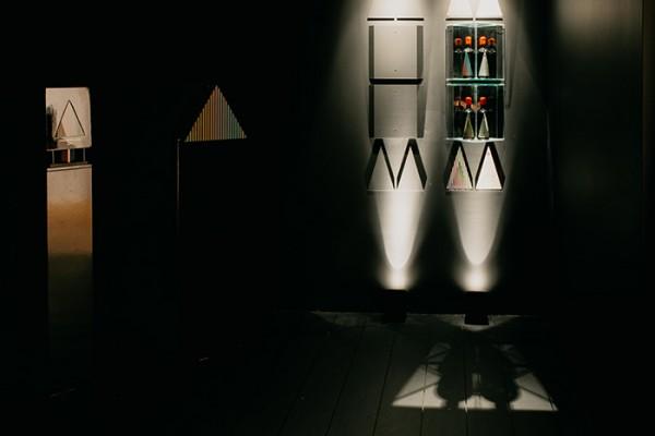 Instalación Vitral Carlos Cruz-Diez en el Museo del Vino BAJA